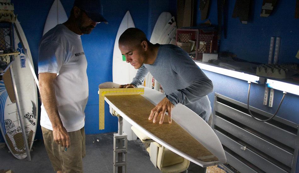 Come costruire una tavola da surf in legno da soli fare surf - Costruire tavola da snowboard ...